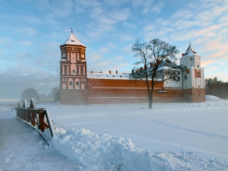 New Year 2020 in Minsk: Dudutki - Father Frost Manor - Mir - Nesvizh (3 days) {type}