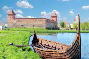 Дорогой замков: Мир - Новогрудок - Лида