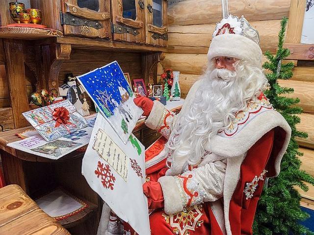Белорусские каникулы 4 дня: Минск - Дудутки - Дед Мороз - замки